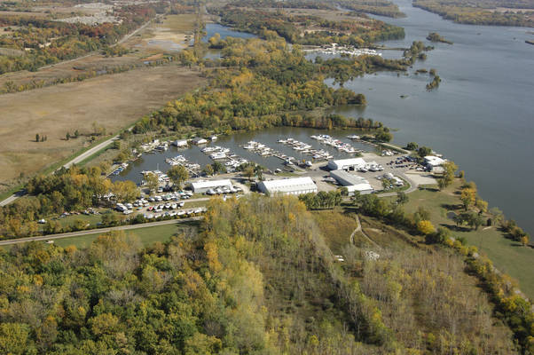 Starved Rock Marina