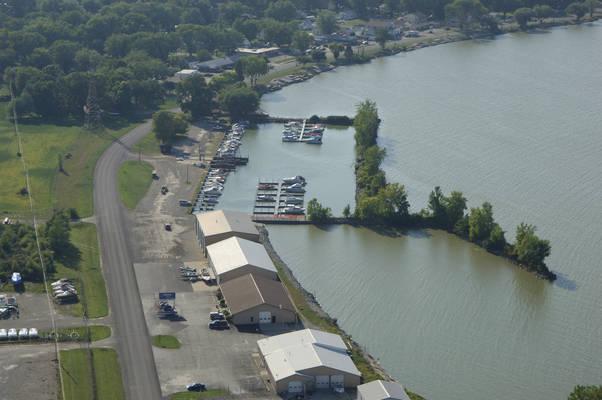 Clemons Boats