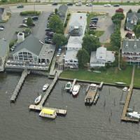 The Lighthouse Restaurant & Dock Bar