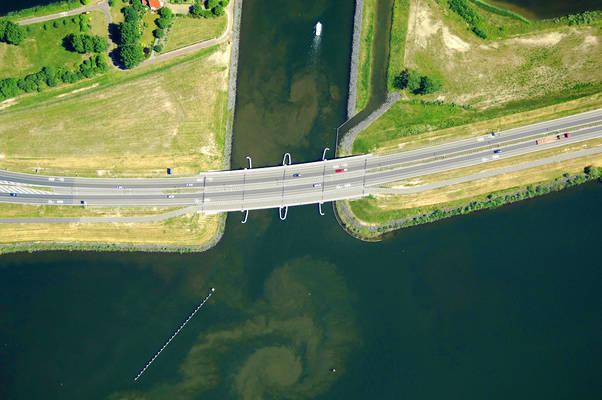 Knardijk Bridge
