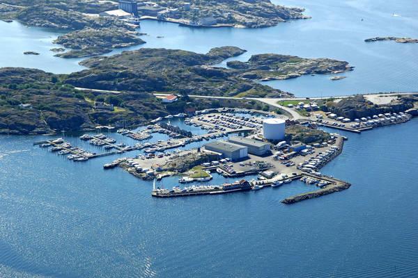 Mossholmen Yacht Harbour