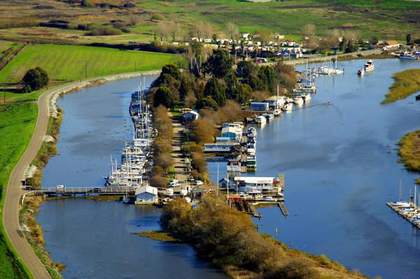 Bruno's Island Yacht Harbor