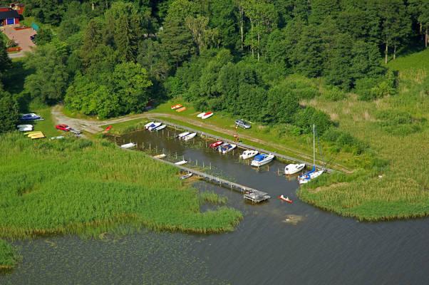 Tidoe Lindoe Small Boat Marina