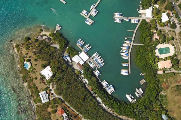 Tropic Island Marina