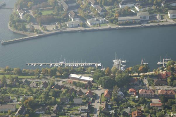 Neustädter Local Port