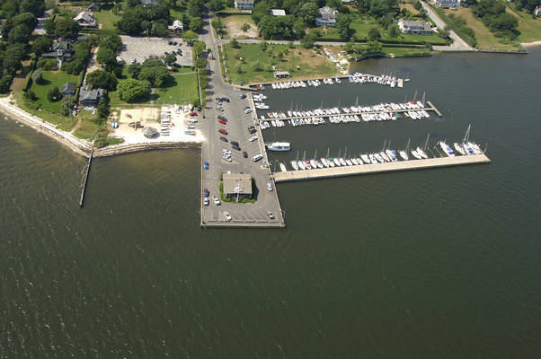 Bell Port Yacht Club