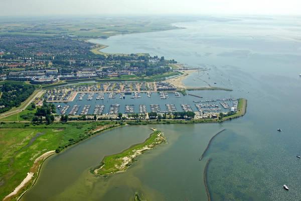 Marina Cape Helius
