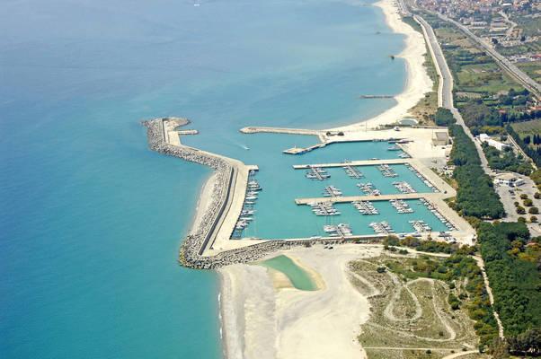 Porto delle Grazie - Marina di Roccella