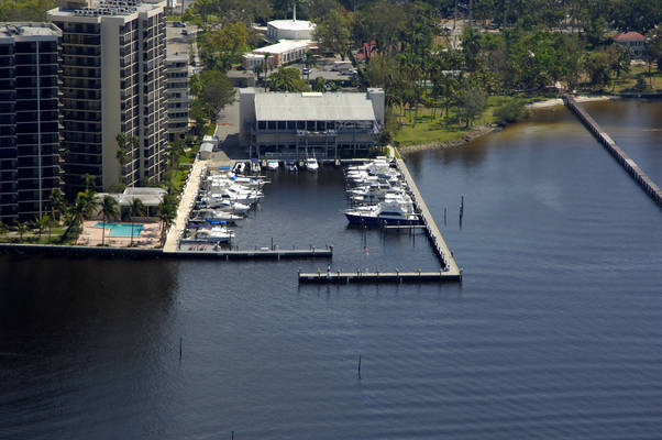 Royal Palm Yacht Club