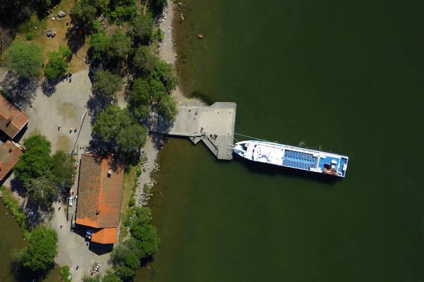 Bjoeko Ferry