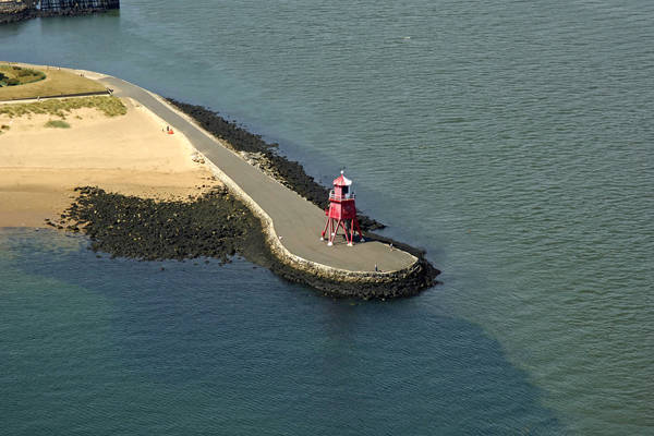 Herd Groyne Light