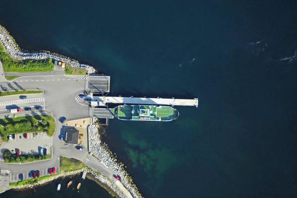 Solavagen Ferry
