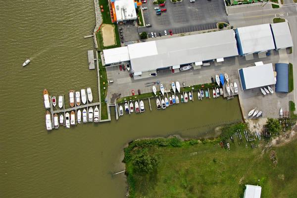 Pier 7 Marina