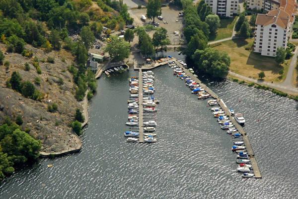 Oernsberg Road Marina