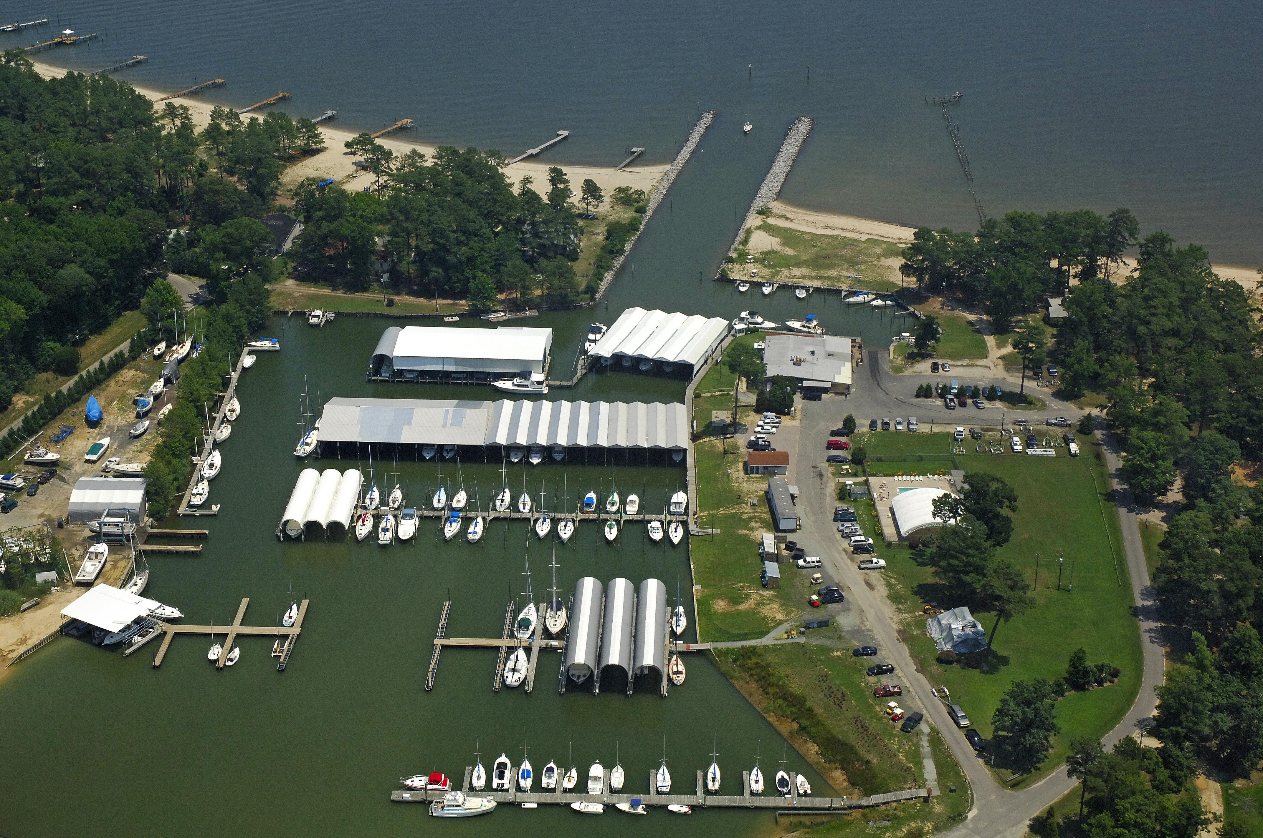 Coles Point Marina in Hague, VA, United States - Marina Reviews