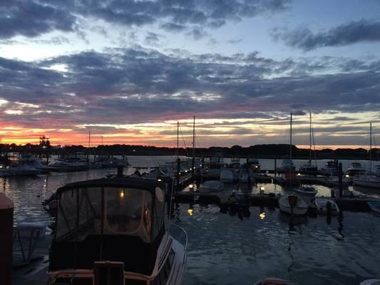 The Captain's Cove Marina - Suntex