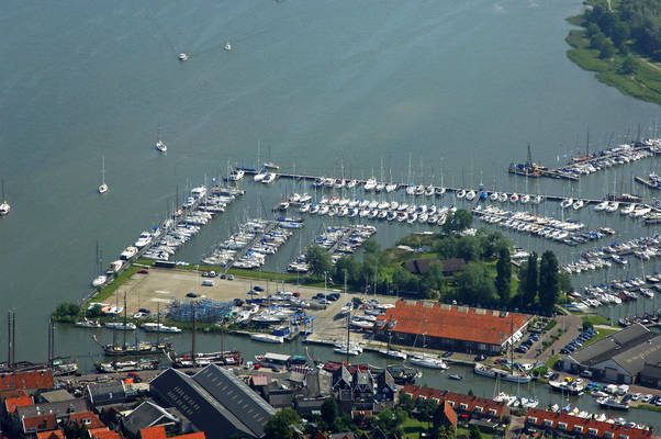 Waterland Marina