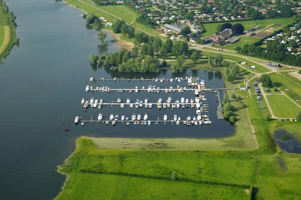 Ijsselhaven Yacht Harbour