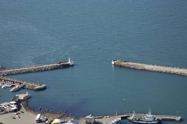 Traesloevslaege Port Inlet