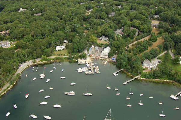 Quissett Harbor Boatyard, Inc.