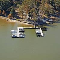 Whispering Oaks on Kentucky Lake