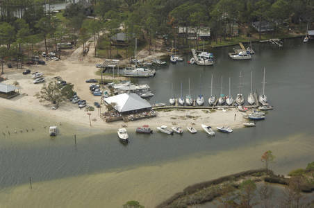 Pirates Cove Marina & Boat Yard