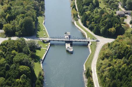 CR 64 Swing Bridge