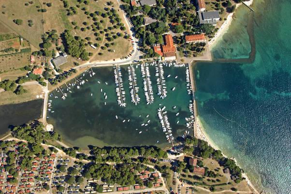 Valbandon Harbour