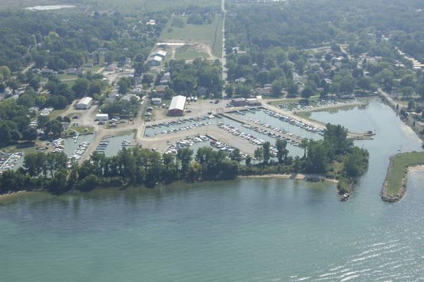 Lakevue Marina