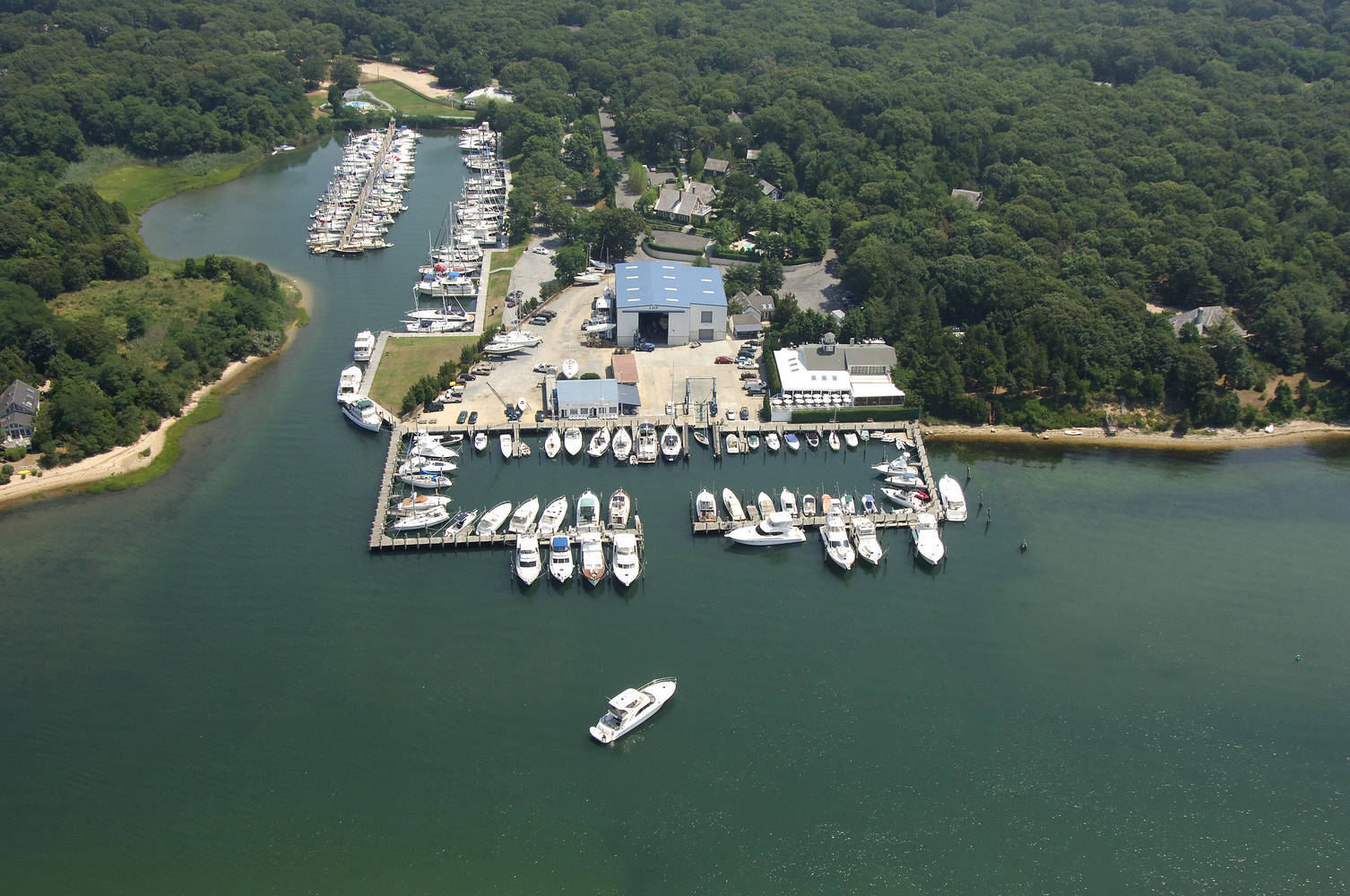 East Hampton Point Marina Slip Dock Mooring Reservations