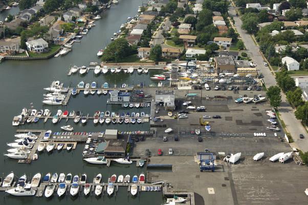 Whaleneck Harbor Marine