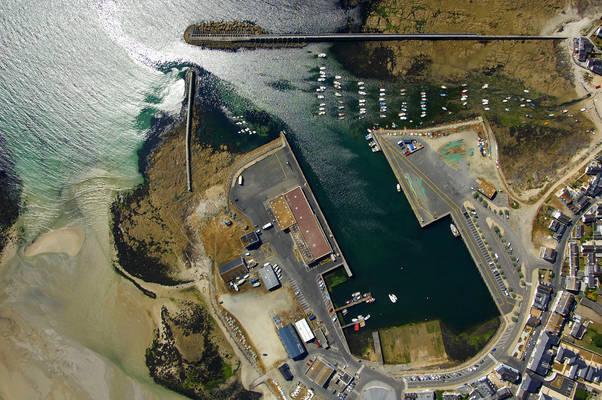 Port De Lesconil Marina