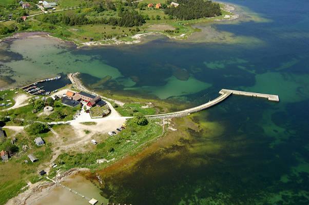 Katthammarsvik Road Marina