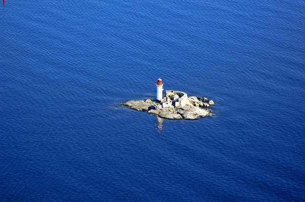 Draghaellan Lighthouse