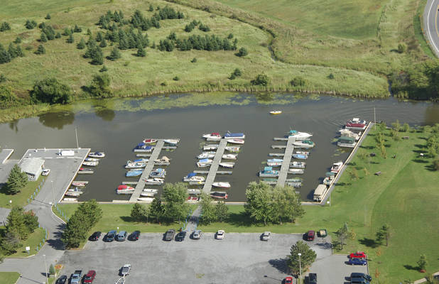Gray's Creek Marina