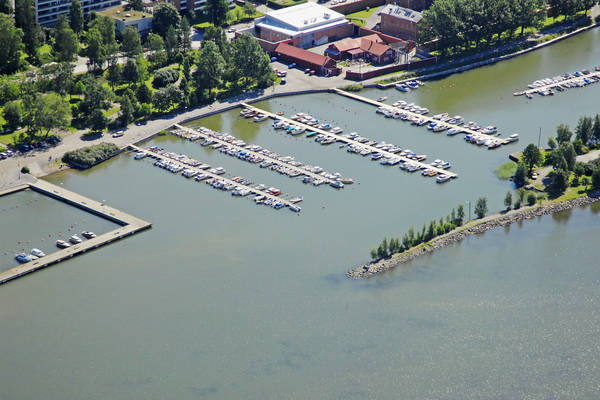 Vaasa Kalarannanpuisto Marina