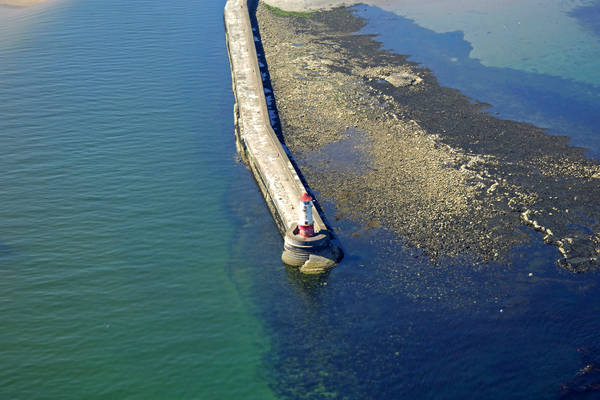 Berwick-Upon-Tweed Breakwater Lighthouse