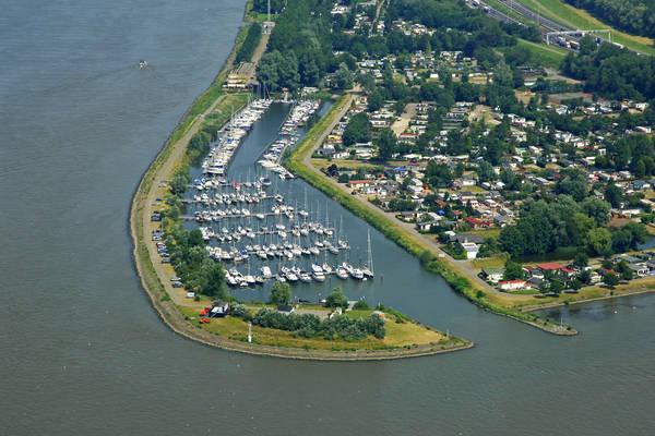 De Kil Yacht Harbour