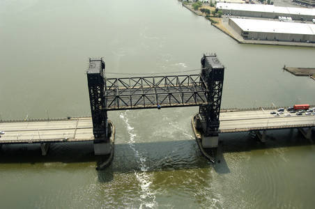 US 1 & 9 Lift Bridge