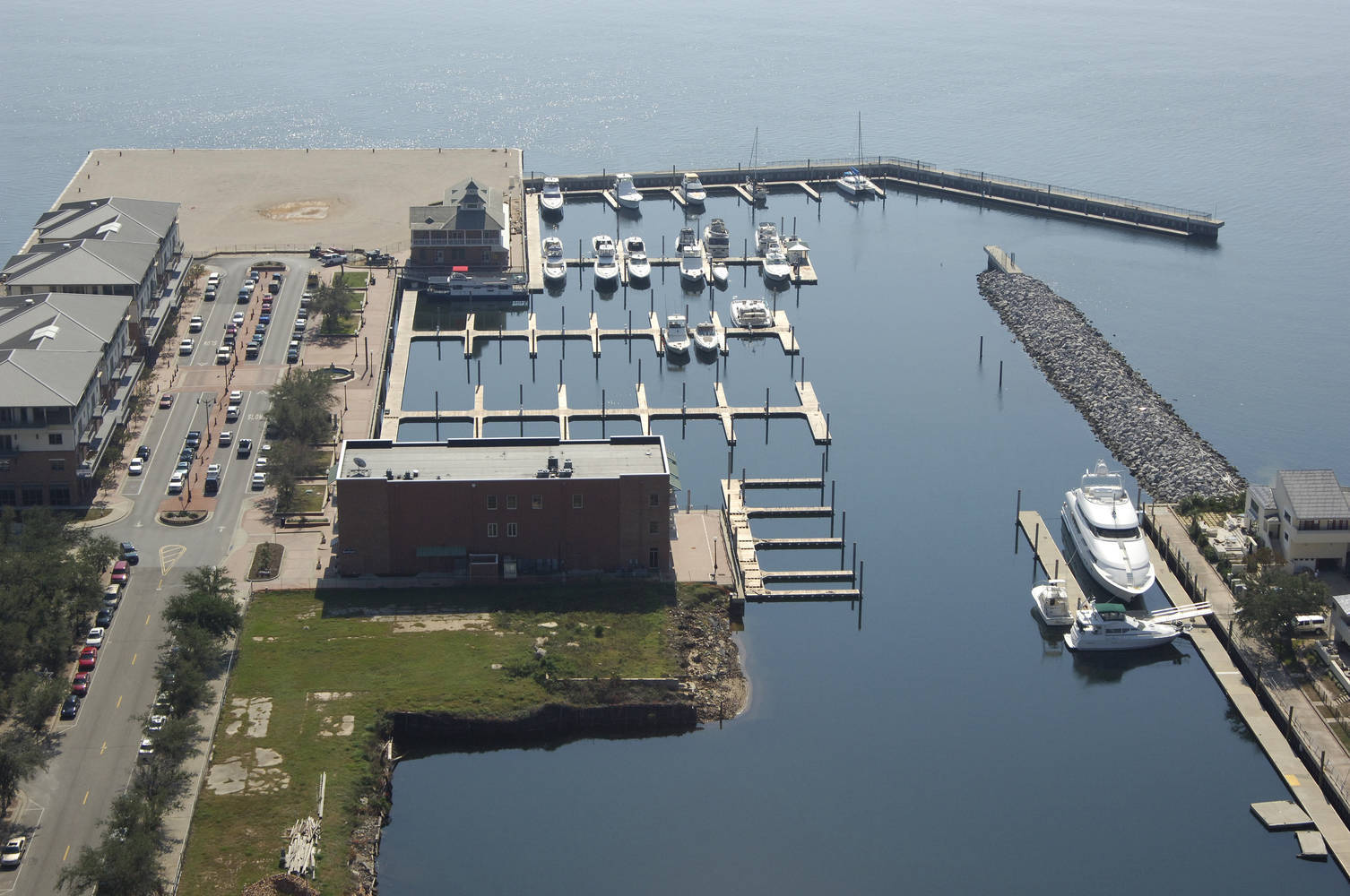 Palafox Pier Amp Yacht Harbour Marina Slip Dock Mooring