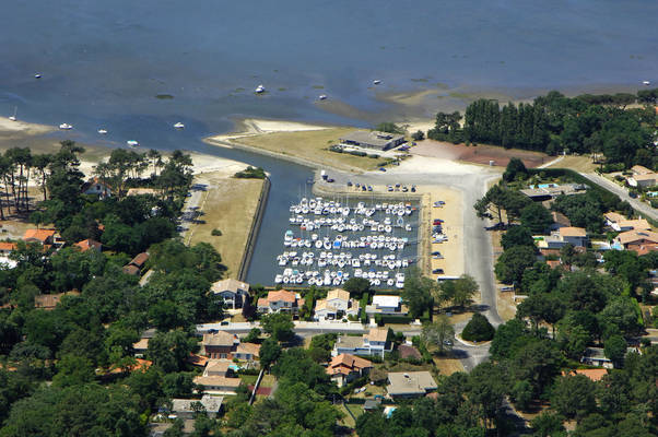 Fontainevieille Road Marina