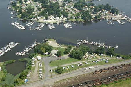 Pleasant Yacht Club