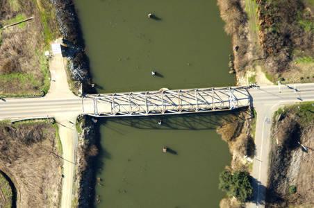 Millers Ferry Swing Bridge