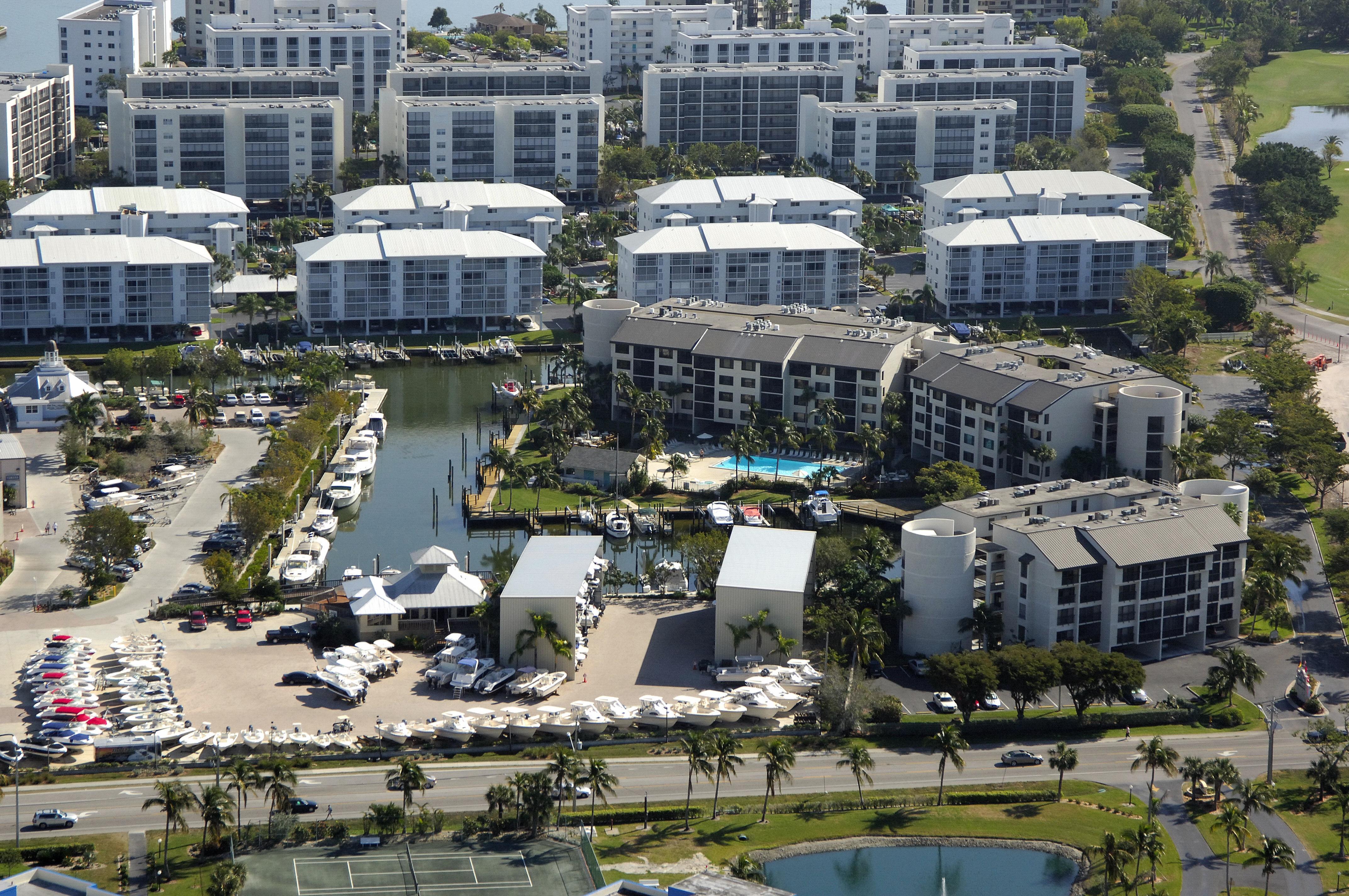 Santa Maria Harbour Resort