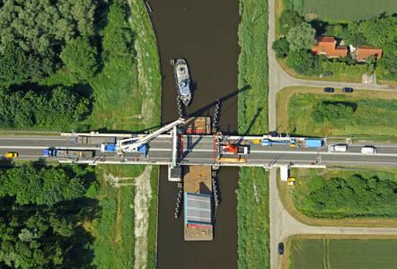 Winschoeterdiep Canal Bridge 2