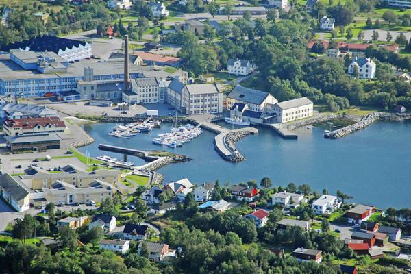 Devold Harbour