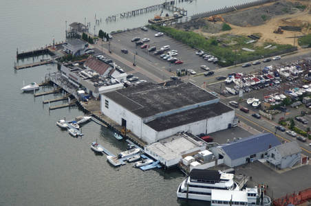 Hunter Pointe Marina