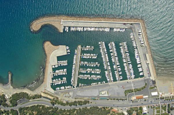 Andora Marina