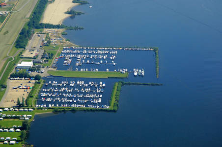 Flevostrand Yacht Harbor
