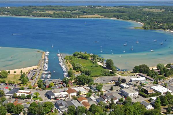 Suttons Bay Village Marina